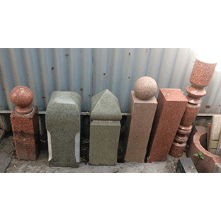 Столбики из гранита